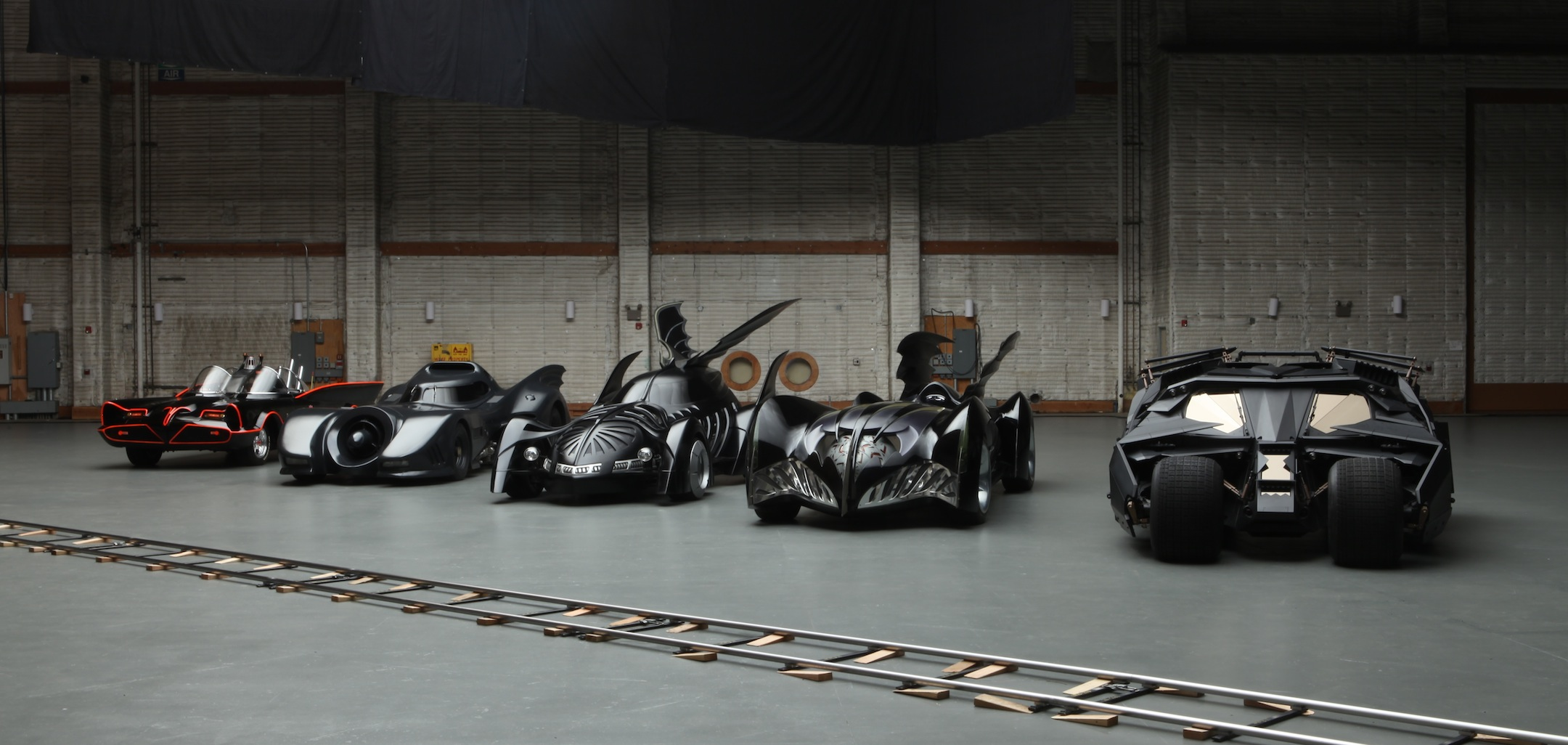 Sneak Peek at the New Batmobile for 'Batman vs. Superman'