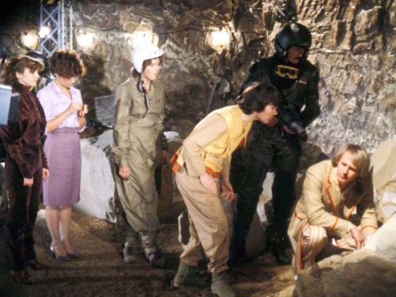DoctorWho_Earthshock_caves