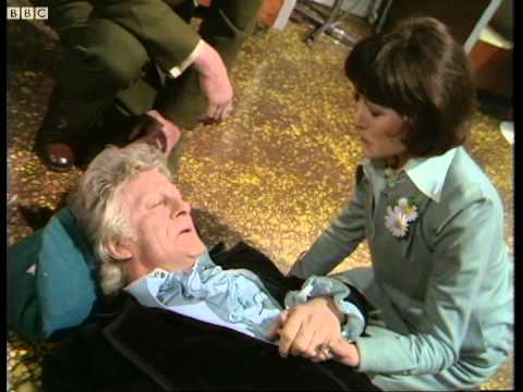 Jon Pertwee in his final scene as the Doctor