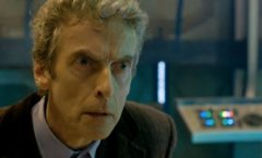 Matt_Smith_regenerates_into_Peter_Capaldi_in_Doctor_Who_Christmas_special_2013