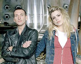 DrWho_Rose_Eccleston_Piper_Rose