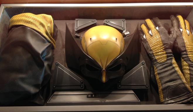 Wolverine-yellow-costume-2