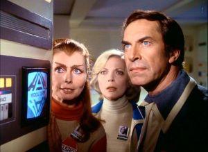 Space-1999-cast-2