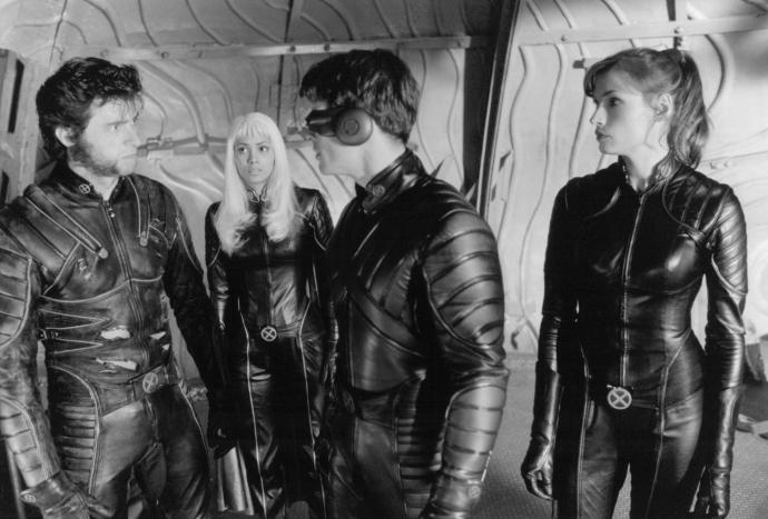 still-of-famke-janssen,-halle-berry,-james-marsden-and-hugh-jackman-in-x-men-(2000)-large-picture