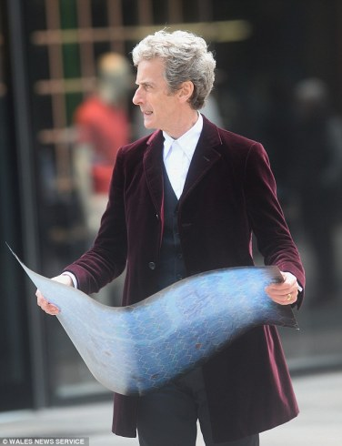 Capaldi_DoctorWho_VelvetCoat