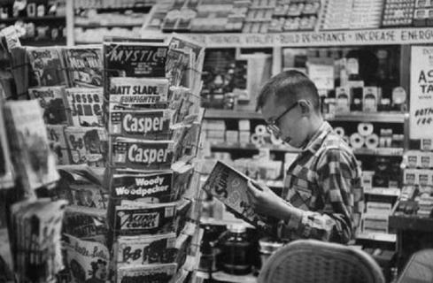 comic-book-spinner-rack-1966